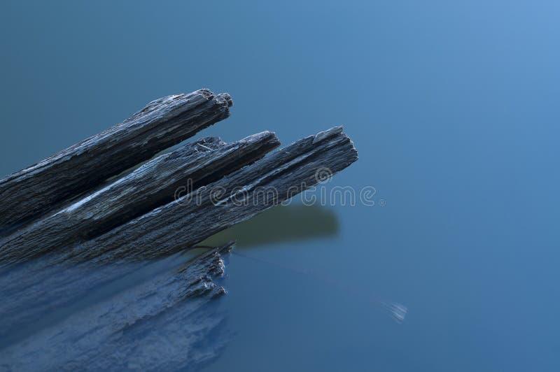 Το σπασμένο ξύλινο σκάφος στοκ φωτογραφία με δικαίωμα ελεύθερης χρήσης
