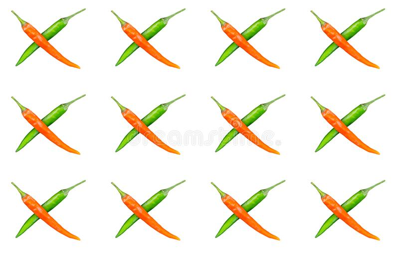 Το σύνολο σχεδίων διέσχισε τα κόκκινα πράσινα φρούτα τσίλι λοβών στο απομονωμένο λαχανικό χλωρίδας διακοσμήσεων βάσεων υποβάθρου διανυσματική απεικόνιση