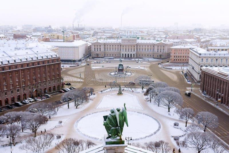 Το σύνολο τετραγώνου του ST Isaac στην Αγία Πετρούπολη στοκ εικόνα