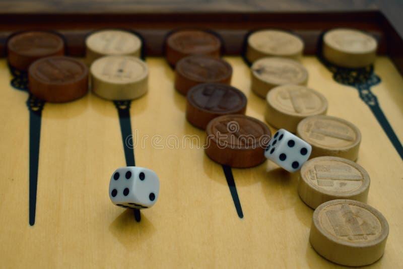 Το τάβλι επιτραπέζιων παιχνιδιών και χωρίζει σε τετράγωνα στοκ φωτογραφία με δικαίωμα ελεύθερης χρήσης
