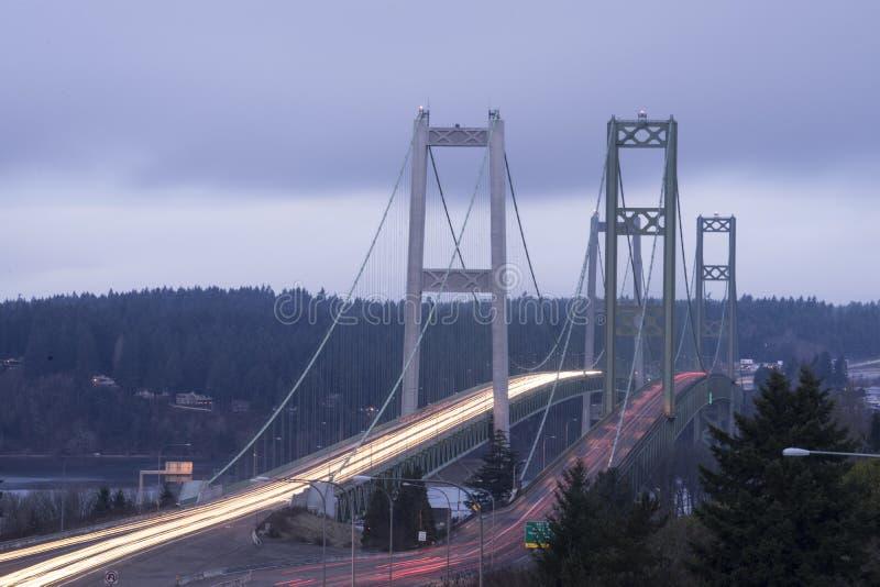 Το ταξίδι πέρα δώθε Τακόμα Commutters στενεύει τις γέφυρες Τακόμα στοκ εικόνες