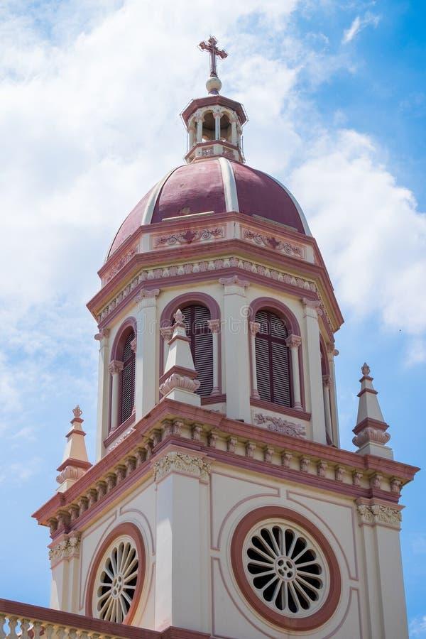 Το τοπ μέρος της στέγης της εκκλησίας στοκ φωτογραφίες