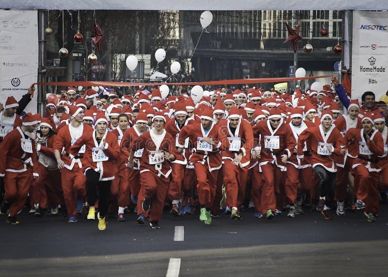 Το τρέξιμο Santa είναι μια φυλή tradicional στοκ εικόνες