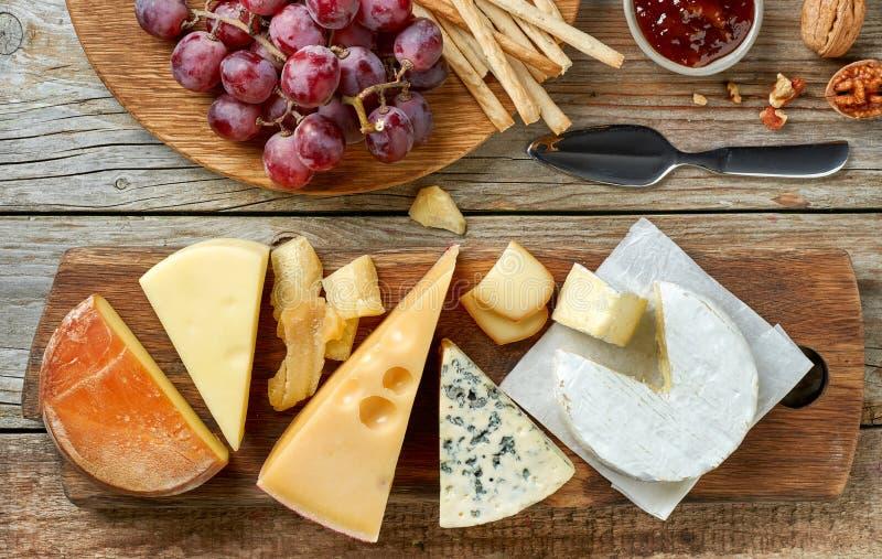 το τυρί δακτυλογραφεί διάφορο στοκ φωτογραφία με δικαίωμα ελεύθερης χρήσης