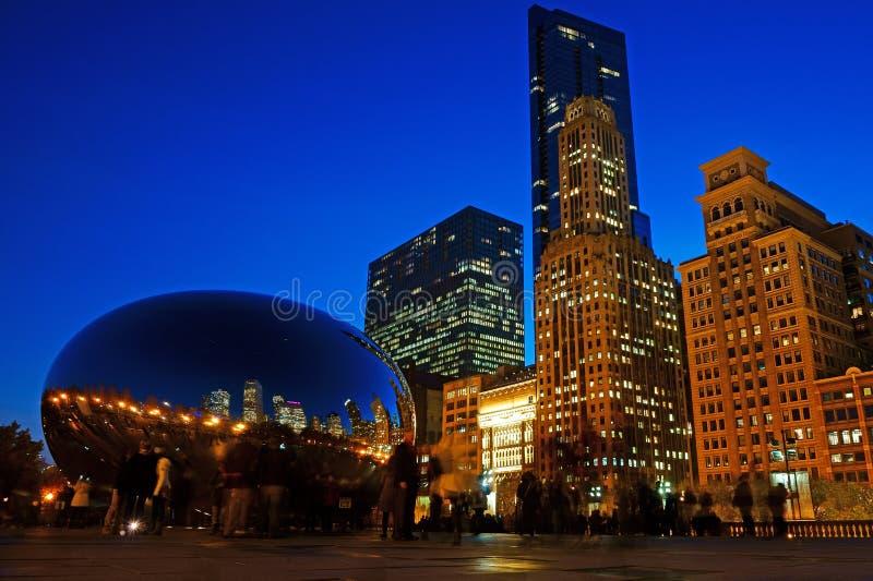 Το φασόλι του Σικάγου τη νύχτα, ΗΠΑ στοκ φωτογραφίες με δικαίωμα ελεύθερης χρήσης