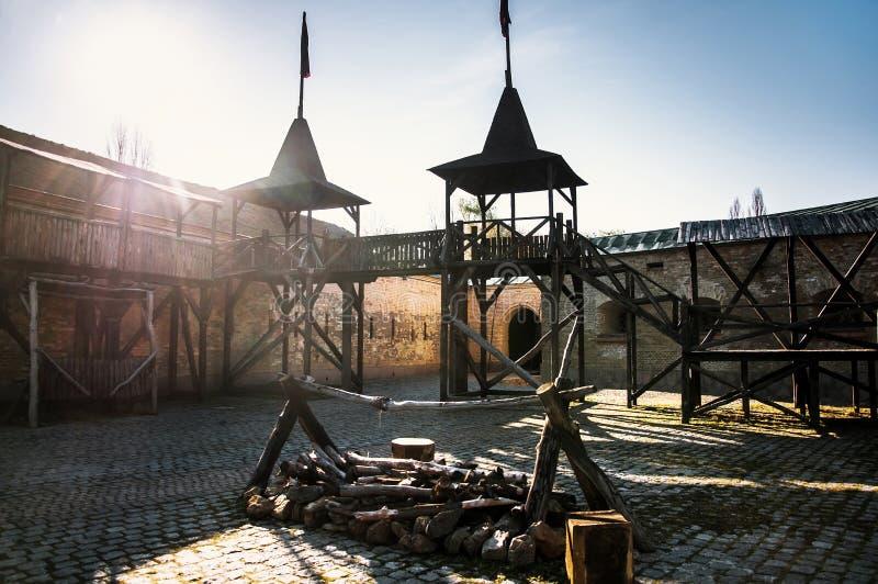 Το φρούριο του Κίεβου - Kosyi Caponier Φωτογράφιση στο kontrovy φως r στοκ φωτογραφία με δικαίωμα ελεύθερης χρήσης