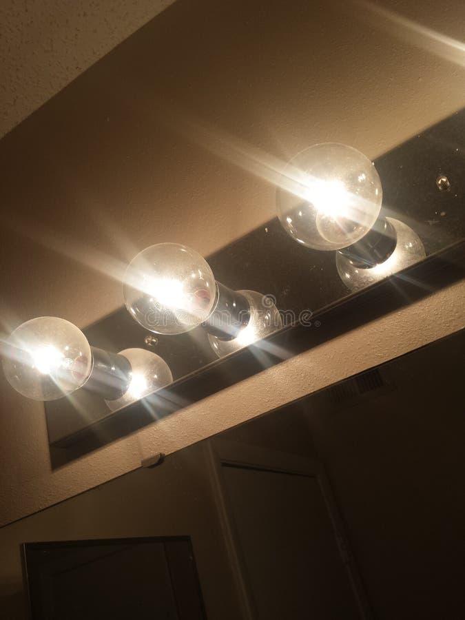 Το φως δίνει την ενέργεια που είναι ένα κλειδί στην ευτυχία στοκ φωτογραφίες με δικαίωμα ελεύθερης χρήσης