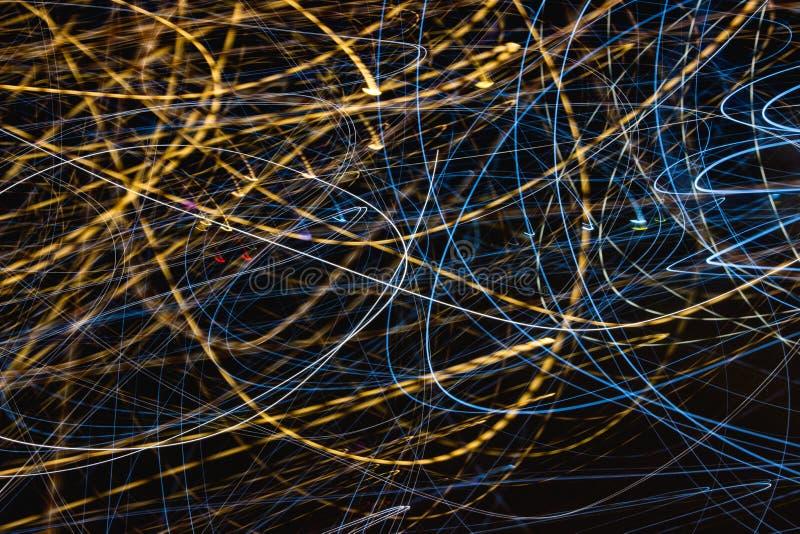 Το φως ταχύτητας σύρει τη νύχτα στοκ εικόνα