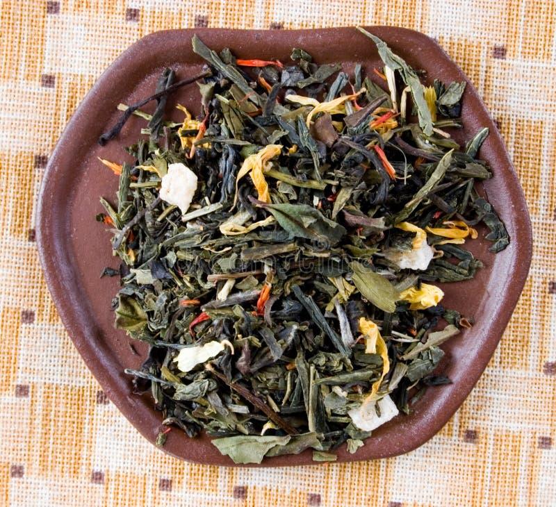 το φύλλο χαλαρώνει το τσάι στοκ φωτογραφία