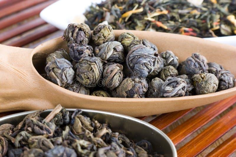 το φύλλο χαλαρώνει το τσάι στοκ εικόνες με δικαίωμα ελεύθερης χρήσης