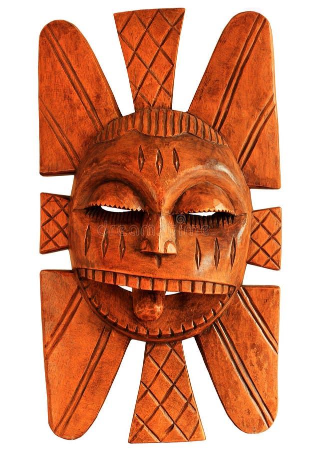 Το χέρι χάρασε την ξύλινη αφρικανική μάσκα στοκ εικόνες με δικαίωμα ελεύθερης χρήσης
