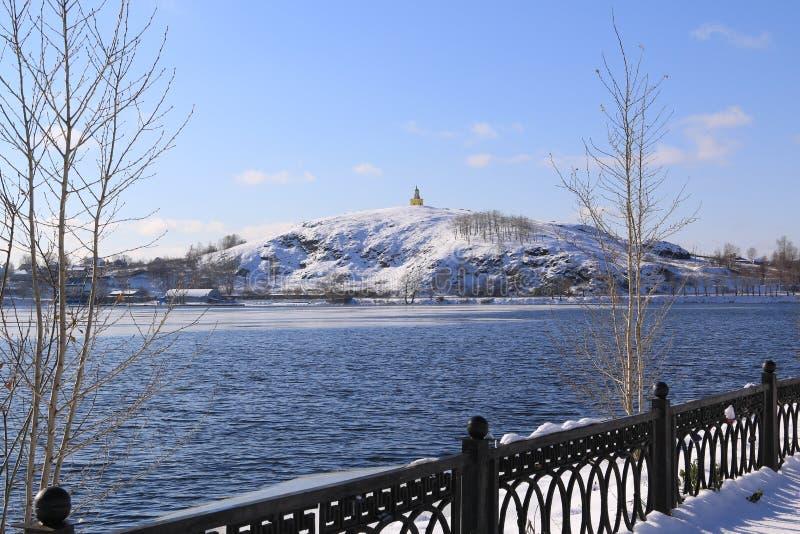 Το χειμερινό βουνό σε Tagil στοκ εικόνες