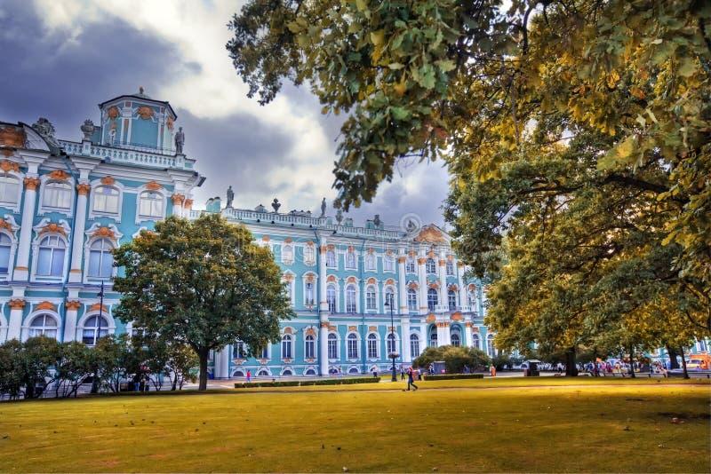Το χειμερινό παλάτι στοκ φωτογραφία με δικαίωμα ελεύθερης χρήσης