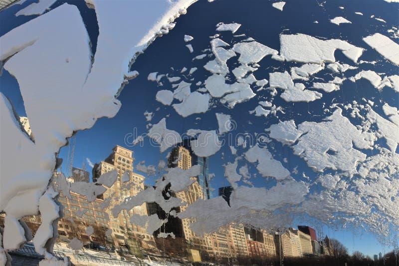 Το χιονώδες φασόλι απεικονίζει τον ορίζοντα του Σικάγου στοκ εικόνες