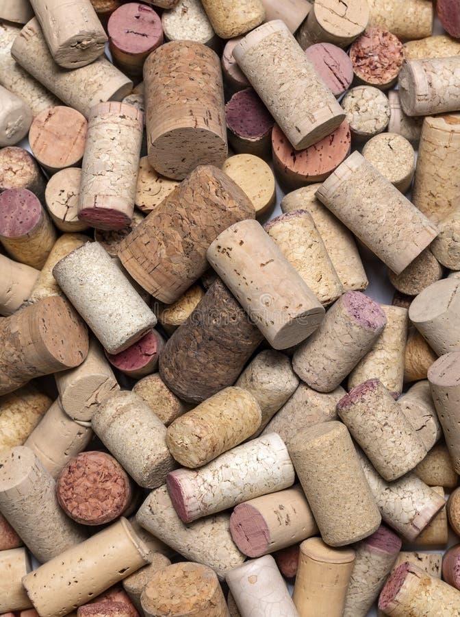 Το χρησιμοποιημένο κρασί βουλώνει κοντά επάνω στοκ εικόνα