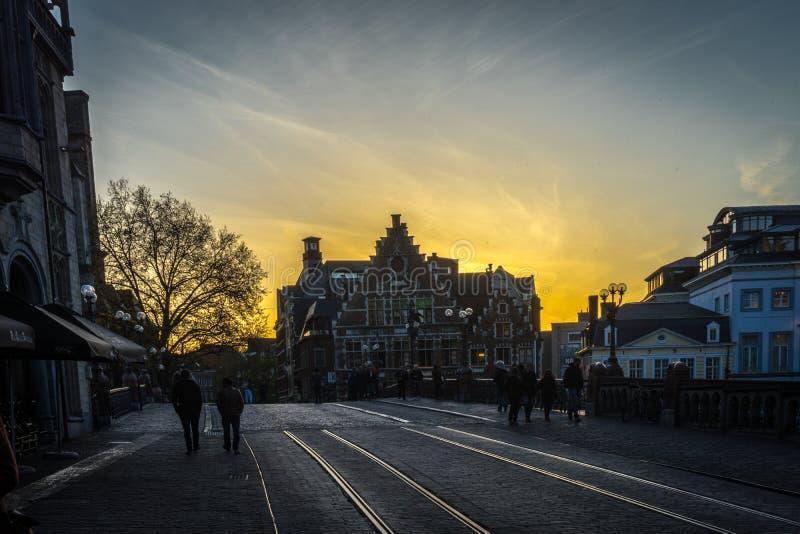Το χρυσό ηλιοβασίλεμα Γάνδη, Βέλγιο στοκ φωτογραφία