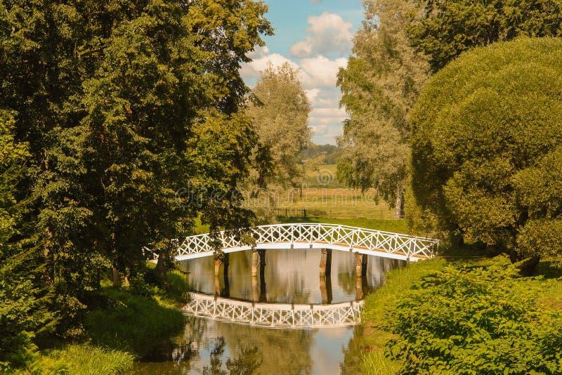 Το χωριό Mikhailovskoe διατηρεί ένα μέρος στην περιοχή του Pskov στοκ εικόνες