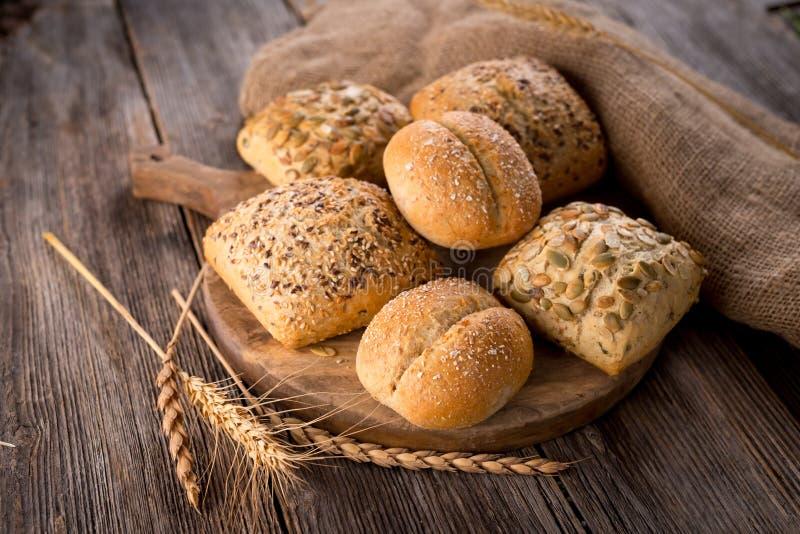 το ψωμί δακτυλογραφεί διάφορο στοκ εικόνες