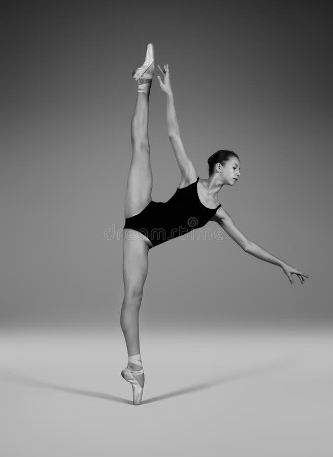 Το Ballerina θέτει το Λα seconde ` ` Α στοκ εικόνα