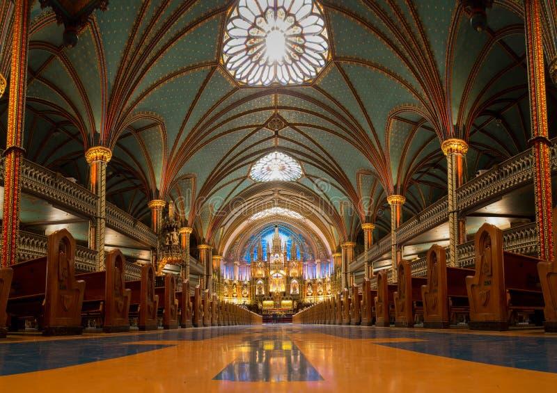 Μια άποψη της βασιλικής της Notre-Dame στο Μόντρεαλ, Κεμπέκ, Καναδάς στοκ εικόνα με δικαίωμα ελεύθερης χρήσης