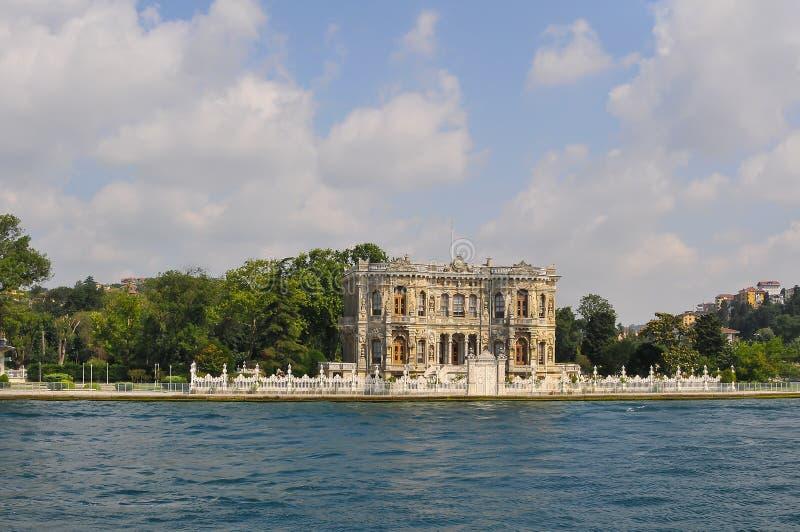 Το Bosphorus είναι ένα στενό που συνδέει τη Μαύρη Θάλασσα με τη θάλασσα Marmara στην Τουρκία στοκ φωτογραφίες