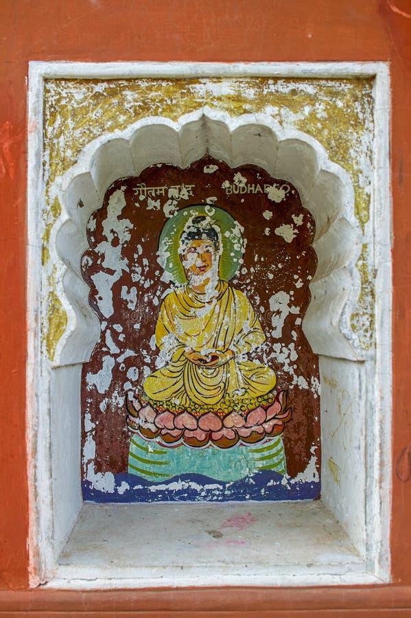 Το Buddavatar ένατη ενσάρκωση Λόρδου Βούδας του Λόρδου Vishnu χρωμάτισε colourfully στον τοίχο του ναού Vishnu Narayan στην κορυφ στοκ φωτογραφία