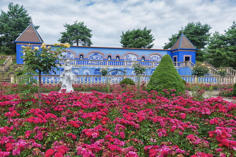 Το DOS Marquises de Fronteira Palacio στη Λισσαβώνα ήταν η έμπνευση για αυτούς τους κήπο και στοά στοκ εικόνες