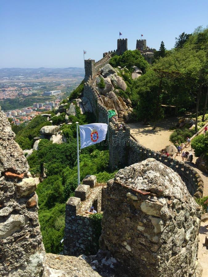 Το DOS Mouros Castelo δένει το Castle στοκ φωτογραφία