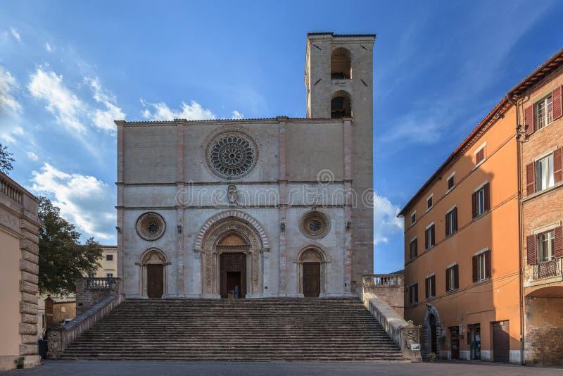 Το Duomo Todi, Ιταλία στοκ εικόνα