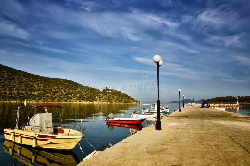 Το Ermioni στην Ελλάδα είναι μια μικρή πόλη παραλιών στις ανατολικές ακτές της Πελοποννήσου, στην περιοχή Argolis στοκ φωτογραφία