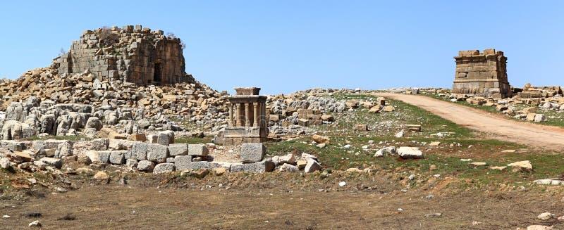 το faqra Λίβανος Ρωμαίος καταστρέφει το ναό στοκ φωτογραφίες
