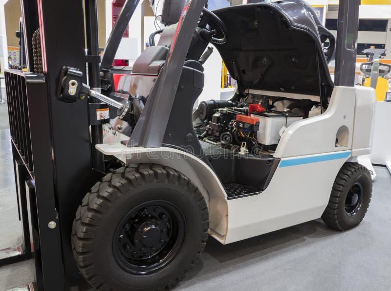 Το forklift φορτηγό στοκ εικόνες με δικαίωμα ελεύθερης χρήσης