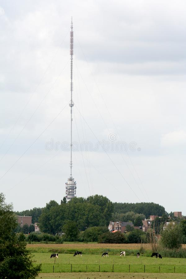 Το Gerbrandytoren είναι ένα τ β ονομασμένη zendmast Lopik πύργων επίσης στοκ εικόνα με δικαίωμα ελεύθερης χρήσης