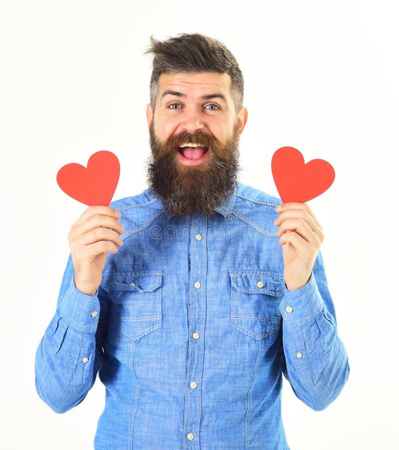 Το Hipster ερωτευμένο γιορτάζει την ημέρα βαλεντίνων ή στέλνει τις κάρτες βαλεντίνων στοκ εικόνες