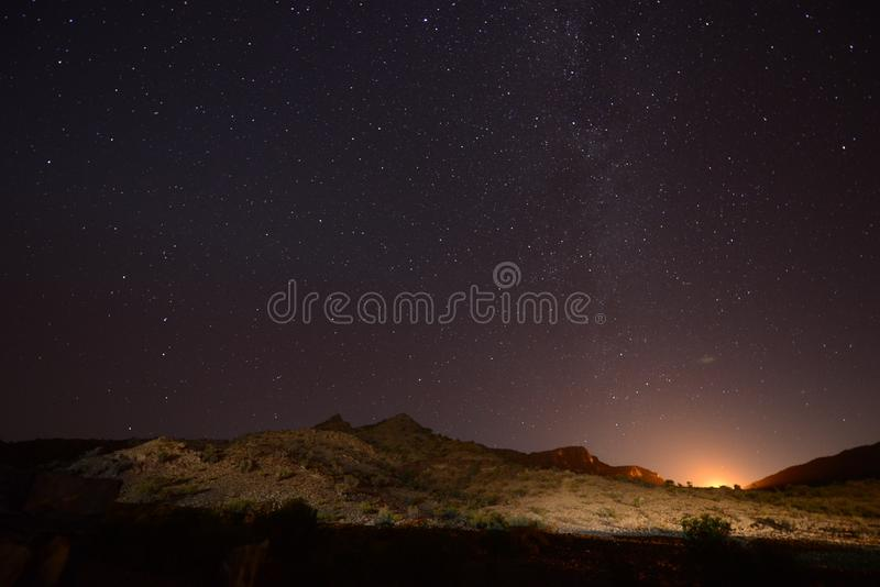 Το Jebel υποκρίνεται το γαλακτώδη τρόπο στοκ φωτογραφία