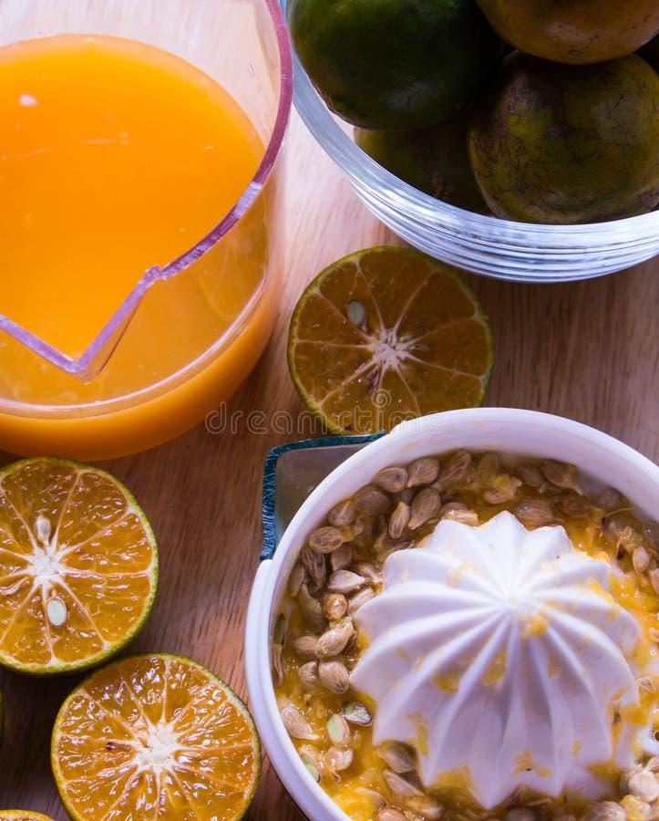 Το juicing πορτοκάλι στοκ φωτογραφίες με δικαίωμα ελεύθερης χρήσης