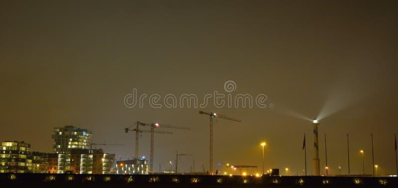 Το Lange Nelle είναι ο φάρος της βελγικής παράκτιας πόλης Οστάνδης city lights night scene στοκ φωτογραφίες με δικαίωμα ελεύθερης χρήσης
