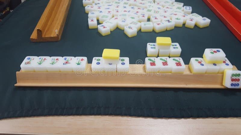 Το Mahjong, ένα κινεζικό παιχνίδι κεραμιδιών έπαιξε με 4 παίκτες, Σίδνεϊ, NSW, Αυστραλία στοκ εικόνες