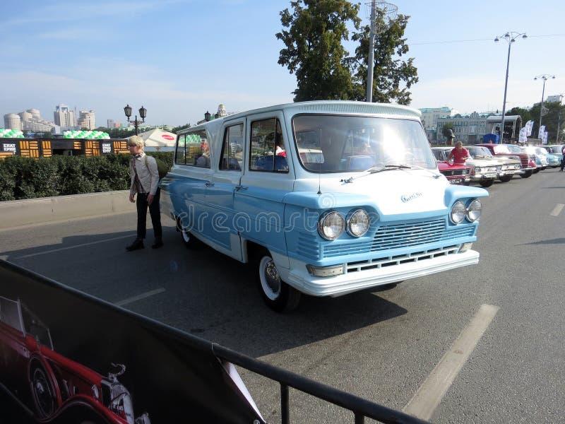 Το Minibus`START` με βάση το chassis GAZ-21 κυκλοφόρησε περίπου 100 τεμάχια!Με αστέρι το φιλμ`Καυκάσιος αιχμάλωτος` στοκ εικόνες με δικαίωμα ελεύθερης χρήσης