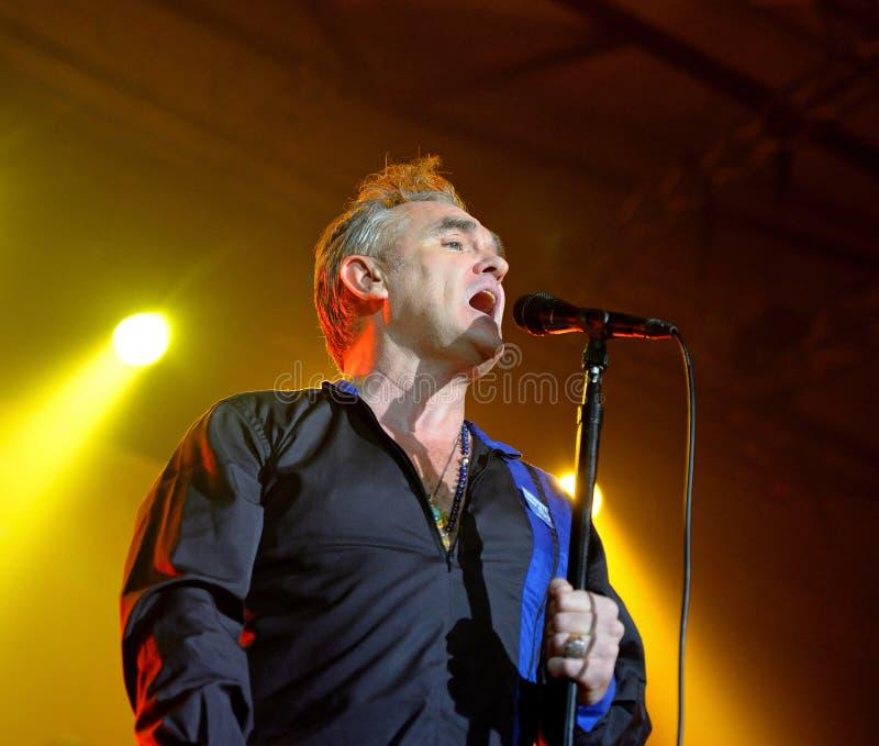 Το Morrissey, το διάσημοι lyricist και ο αοιδός της ορχήστρας ροκ το Smiths, αποδίδουν στη λέσχη Sant Jordi (τόπος συναντήσεως) στοκ φωτογραφίες με δικαίωμα ελεύθερης χρήσης
