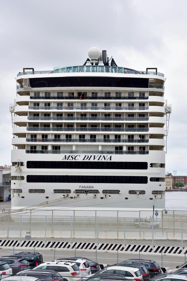 το Msc Divina κρουαζιερόπλοιων στοκ φωτογραφίες