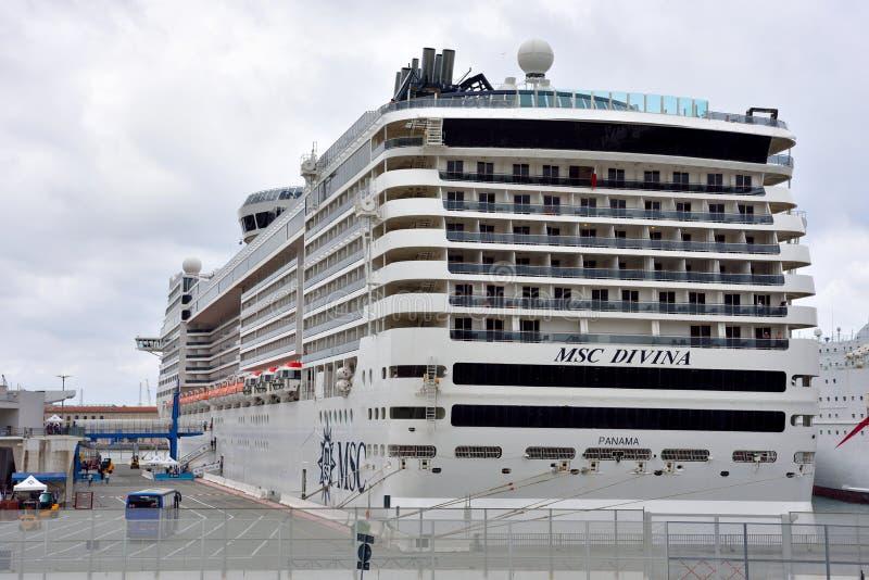 το Msc Divina κρουαζιερόπλοιων στοκ φωτογραφίες με δικαίωμα ελεύθερης χρήσης