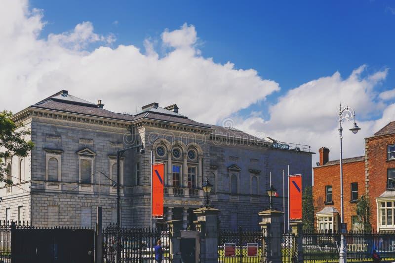 Το National Gallery της Ιρλανδίας στο κέντρο της πόλης του Δουβλίνου στοκ φωτογραφία με δικαίωμα ελεύθερης χρήσης
