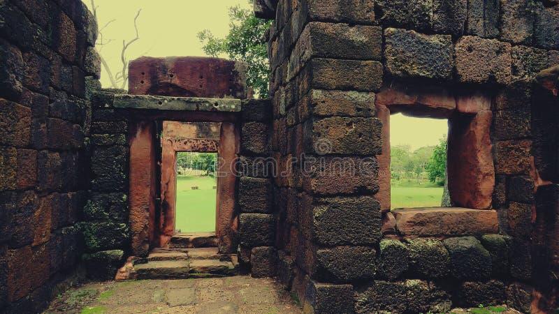 Το noi pueai του Castle Pueai Noi/Ku khon- στοκ φωτογραφίες