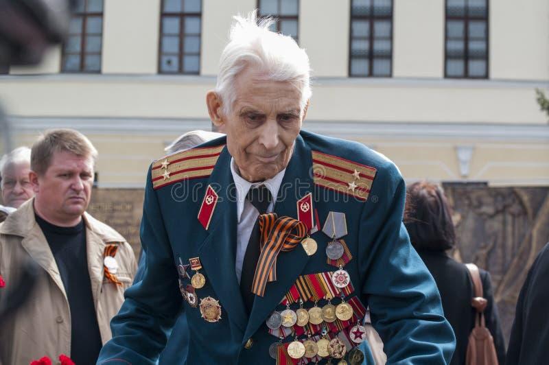 Το Parad σε Tyumen προς τιμή μπορεί 9, το 2018 Παλαίμαχος στοκ φωτογραφία με δικαίωμα ελεύθερης χρήσης