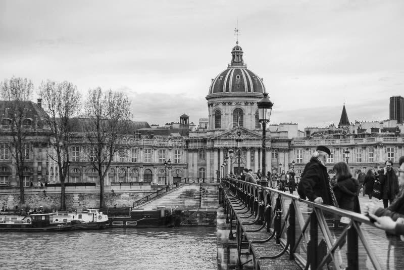 Το pont des arts, Παρίσι, Γαλλία στοκ φωτογραφία με δικαίωμα ελεύθερης χρήσης