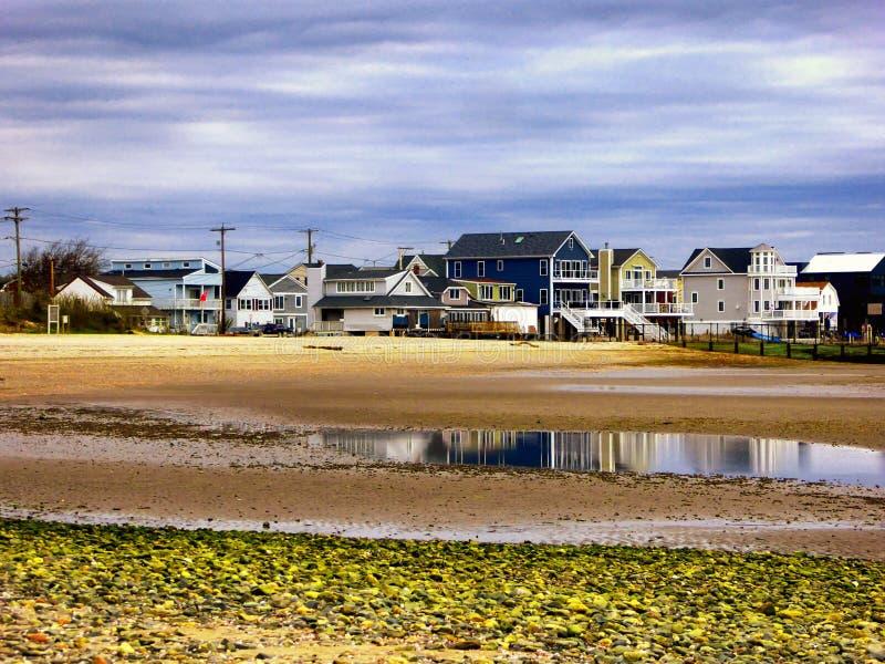 Το Seaview στεγάζει κοντά στις ασημένιες άμμους την παραλία Κοννέκτικατ στοκ φωτογραφία με δικαίωμα ελεύθερης χρήσης