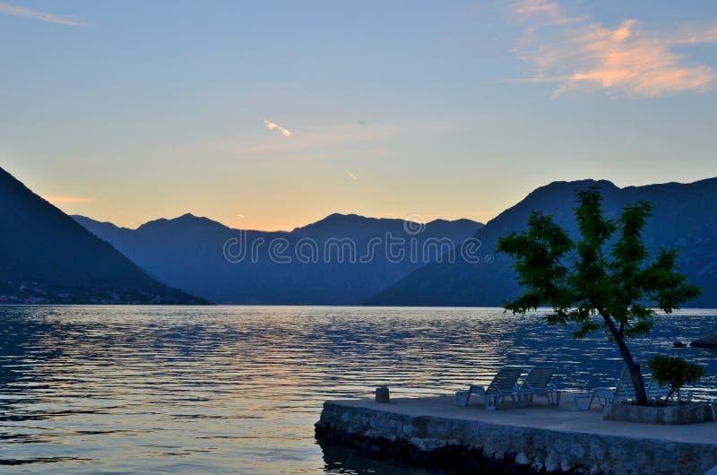 Το Sunsets σε Kotor, Μαυροβούνιο είναι πάντα όμορφο στοκ εικόνα