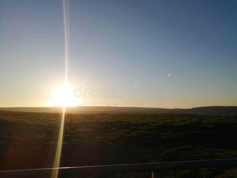 Το Swales δένει το ηλιοβασίλεμα στοκ εικόνα