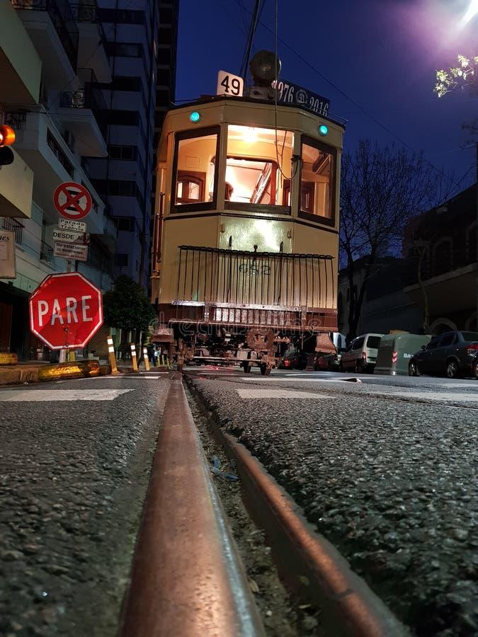 Το troley στη νύχτα μουσείων ` στοκ φωτογραφία